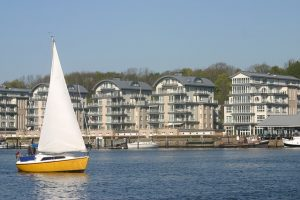 sailboat-287768_640
